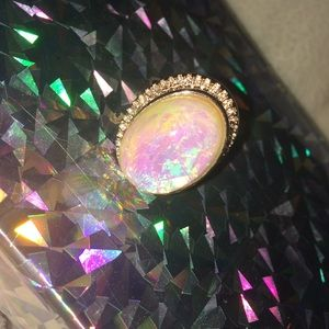 Jewelry - Rose gold ring with opal stone